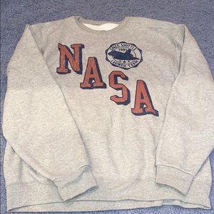🎉 5/$40 🎉 NASA sweatshirt